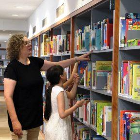 Bücherwürmer auf Nahrungssuche
