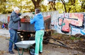 Im Niemandsland-Garten wird im Oktober 2018 das Fundament gelegt. Foto: Michael Becker